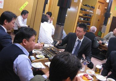 役員会終了後のお食事の様子