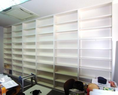 本棚 b009-1.jpg