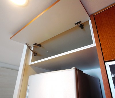 冷蔵庫上吊戸棚 t017-1.jpg