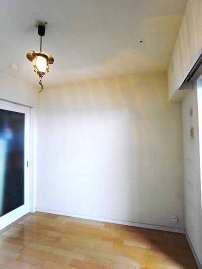 洋室吊戸棚 t020b.jpg