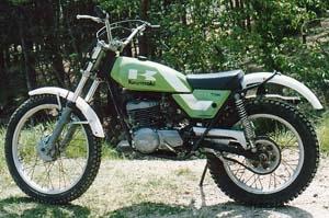 Kawasaki KT250<br /> カワサキ KT250