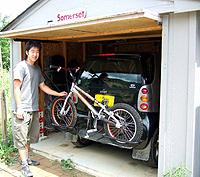 この夏、アウトドアはカスタムカラーのオリジナル自転車で