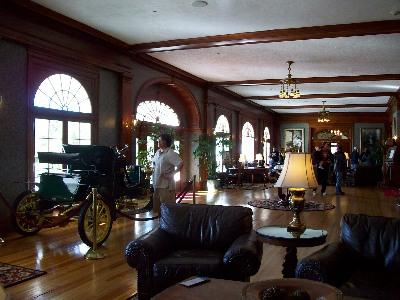 スタンレーホテルのロビー