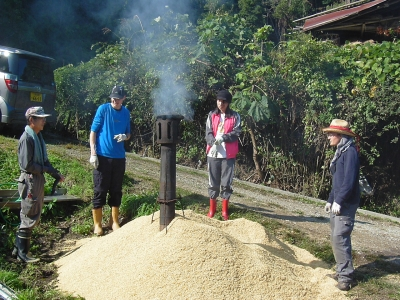 10月15日薫炭製造