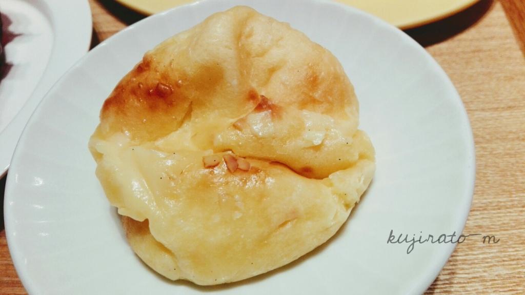 大阪福島のパネ・ポルチーニのクリームパン