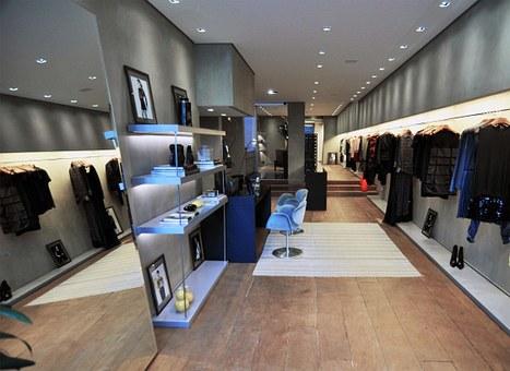 dress-shop-97261__340.jpg