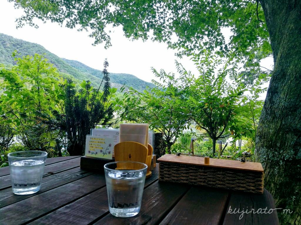 能勢『cafe soto』で、外の席の風景を堪能したランチです