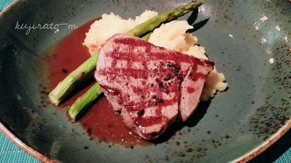 HISツアー特典『バリステーキ&シーフード』でのディナー内容、ステーキと