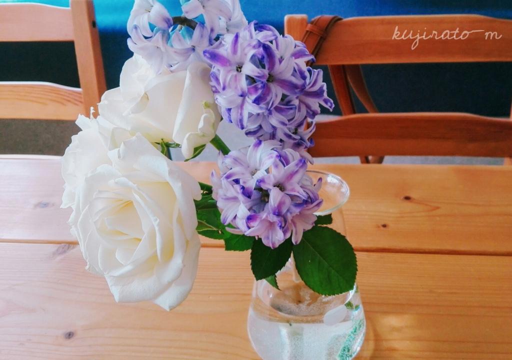 紫色のお花にも、スッキリ爽やかな気持ちに。