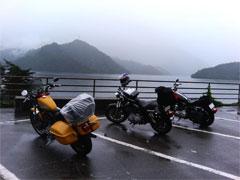 やっとの思いで辿り着いた田子倉ダム