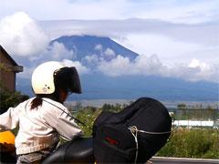 山中湖からバッチリ富士山拝めました! (^O^)