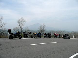 二度上峠から望む浅間山 (^-^)