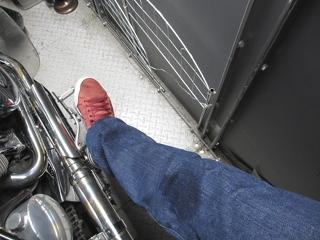 膝がちょっと濡れただけで済みました。 (^o^)