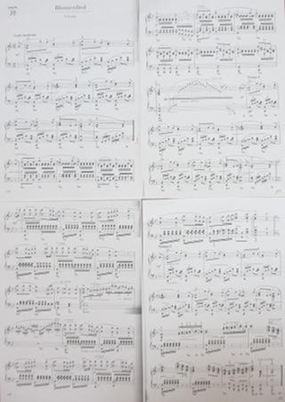 ピアノ発表会用の楽譜をもらいました! (^o^)