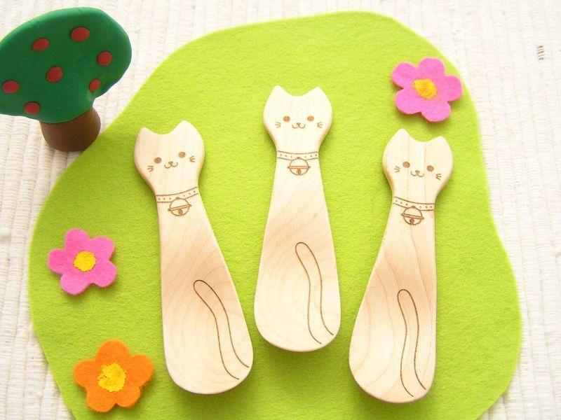 猫の木のスプーン