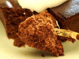 スフレタイプのチョコレートケーキ060215-3