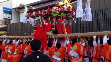春日神社秋祭り 太鼓神輿