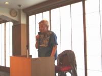 講演中の松岡励子さん