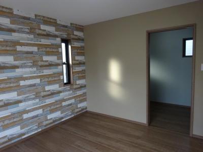 2っ階寝室2.JPG
