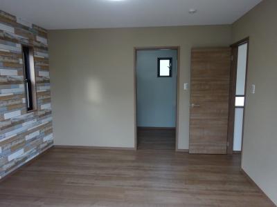 2階寝室クローゼット側.JPG
