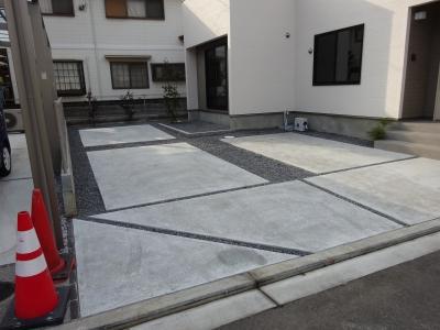 駐車場南側.JPG
