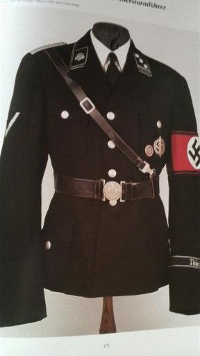 シャネルがナチスの軍服をデザインしたという話はどこから