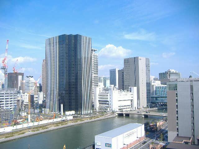 堂島川を望む