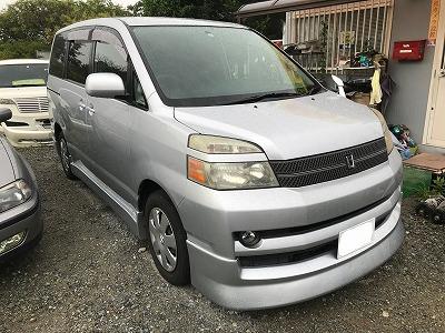 中古車 トヨタ タッカー 姫路 ヴォクシー