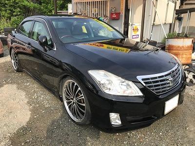 中古車 トヨタ タッカー 姫路 クラウン