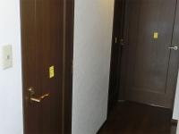 部屋のドアにはシール(2)