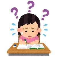 勉強に苦戦する女の子