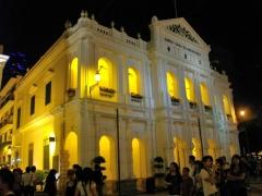 夜の仁慈堂