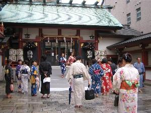 鷲神社の境内