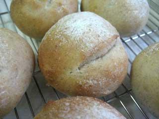 ライ麦丸パン