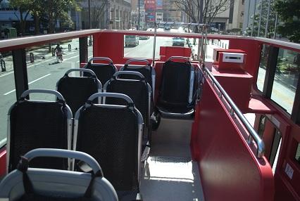 130216オープントップバス08