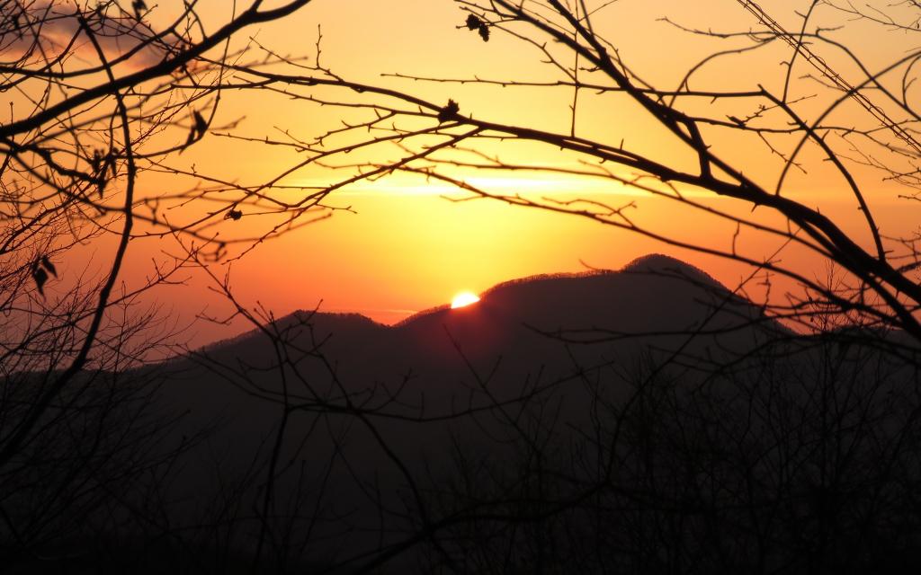 青麻山からの日の出