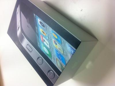 iPhone4Sパッケージ