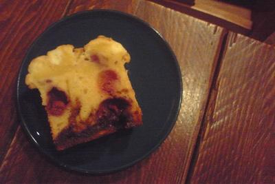 「ラズベリーとキャラメルのチーズパウンドケーキ」3
