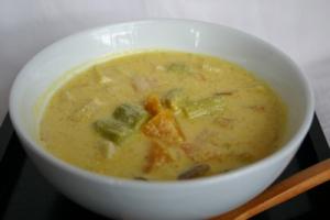 アスパラとカボチャのチーズスープ
