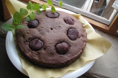 「栗とクルミのココアケーキ」