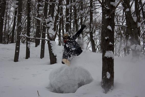#makeyukiita#a24gomyo#snowsurf#snowtoys#nagano#芽育雪板