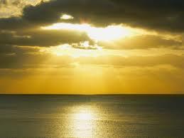 黄金色の朝焼け