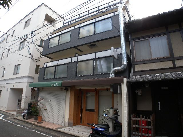 Rent 40 000 Yen Maintenance Fee 4 Water Include Gas And Electricity Separated