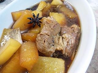 豚スペアリブと大根煮