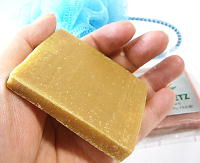 椿はちみつ石鹸 乾燥肌・普通肌向け