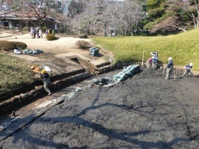 小石川後楽園修復風景