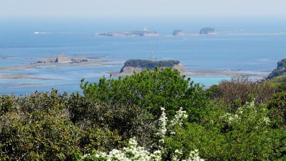 三ツ島灯台