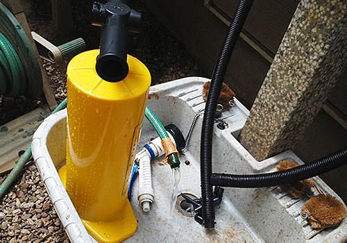 ポンプで排水