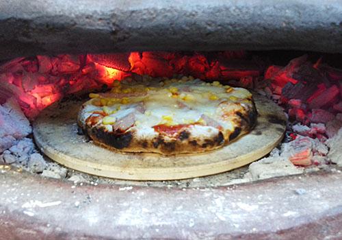 チムニーでピザ