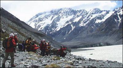 フッカー氷河湖に到着